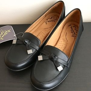 f8a6b30474e Naturalizer Shoes - NATURALIZER Natural Sole Gracee Black Loafer